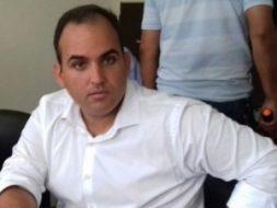 Prefeito é denunciado ao MPE por contratar digital influencer por R$ 31 mil