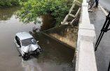 Motorista perde o controle e carro cai de ponte na AL- 101