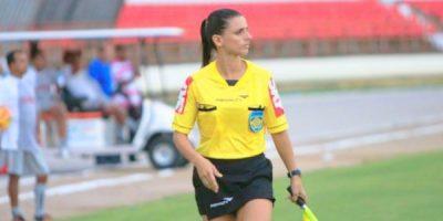 Mulheres definem espaços no universo 'masculino' do futebol