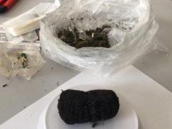 Jovem é presa tentando entrar com droga em partes íntimas no Presídio do Agreste